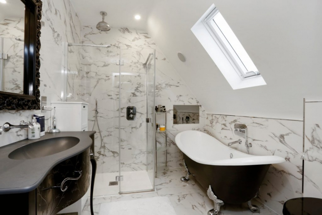 The Gables - bathroom